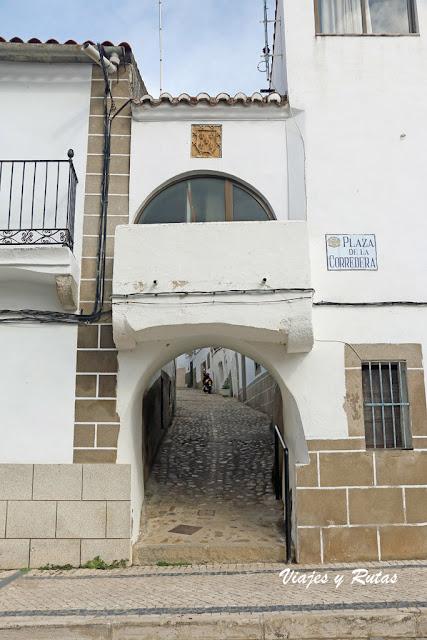 Entrada al Barrio Judío de Alcántara
