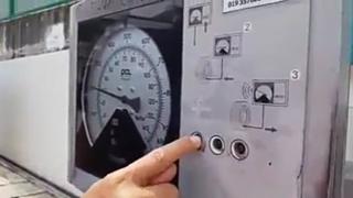 Gambar cara pam angin di stesen minyak