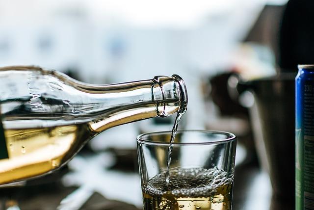 Minuman Keras Definisi dan Hukumnya Menurut Islam