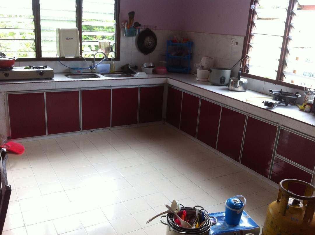 Faiz Ingin Bertanyakan Kabinet Dapur Lokasi Pemasangan K Di Kampung Jus Selandar Rumah Ayahandanya Iaitu Imam Dol Salim Mybe Ada Yang Kenal Kot