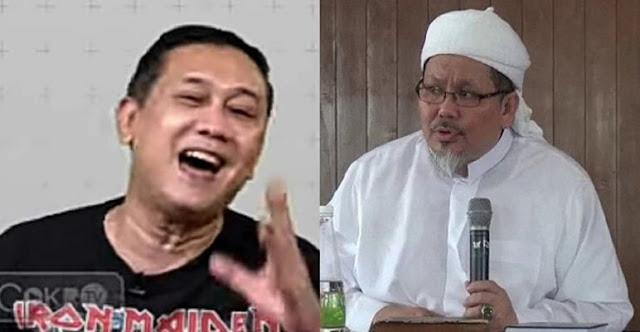 Ustadz Tengku Semprot Denny Siregar: Baut Otakmu Copot?