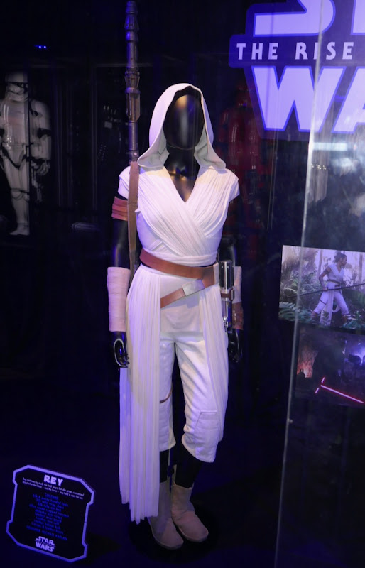 Daisy Ridley Star Wars Rise of Skywalker Rey costume