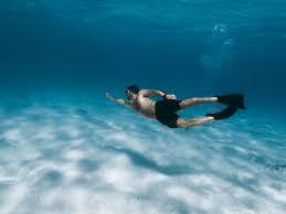5 Hal yang Akan Terjadi Jika Manusia Dapat Bernapas dalam Air. The Zhemwel