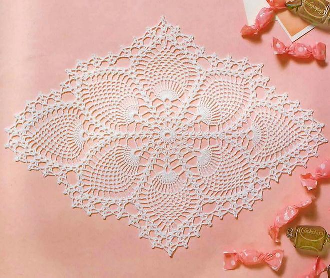 Pineapple Lace -  Crochet Doily - Oval