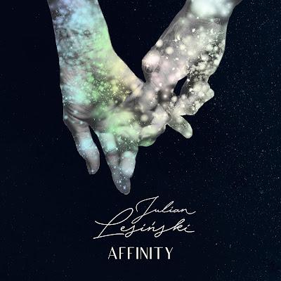 """Okładka singla """"Affinity"""""""