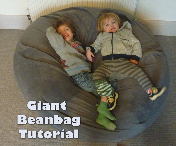 Jovial Spondoodles Giant Bean Bag Tutorial