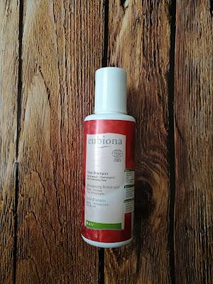 Szampon rewitalizujący  do włosów przetłuszczających marki Eubiona