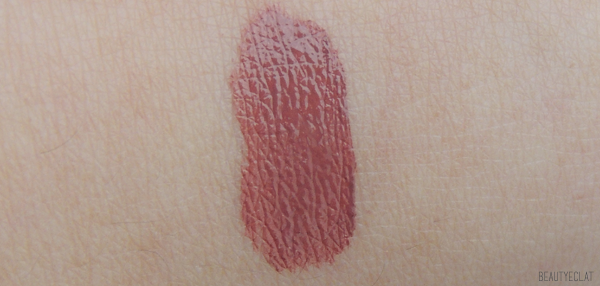 revue avis test paint wash liquid laura mercier rosewood swatch