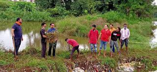प्रधानमंत्री नरेंद्र मोदी जी के स्वछ भारत अभियान को सफल बनाने में जुटे आमला के युवा