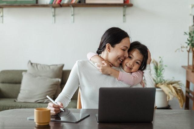 Menjadi Mama Digital Anti Insecure