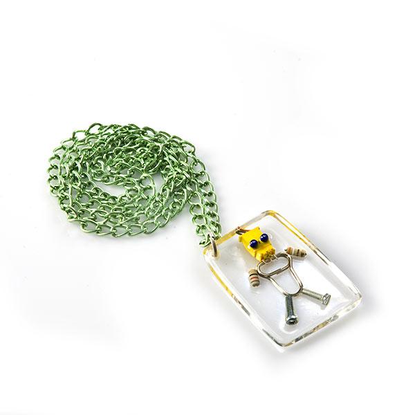 Collar de resina cristal