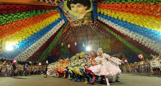 Las fiestas de San Juan congregan a millones de personas en los ...