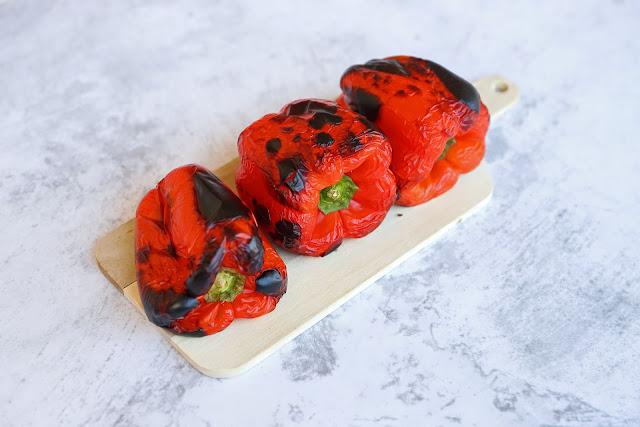 Συνταγή για Κόκκινες Ψητές Πιπεριές στο φούρνο