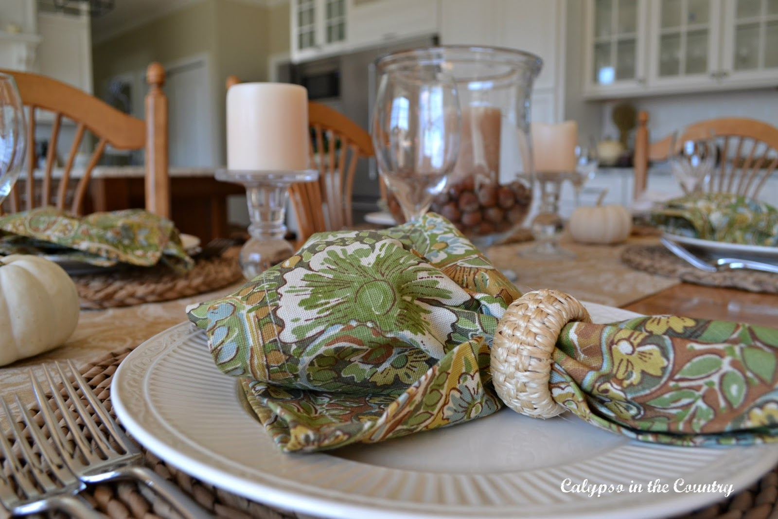 Autumn Table Setting with Green and Tan Napkins