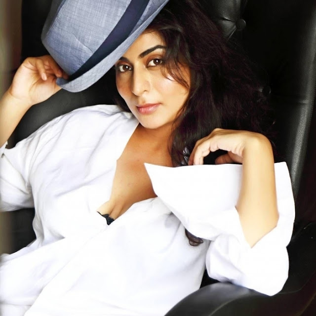 Damini Chopra  IMAGES, GIF, ANIMATED GIF, WALLPAPER, STICKER FOR WHATSAPP & FACEBOOK