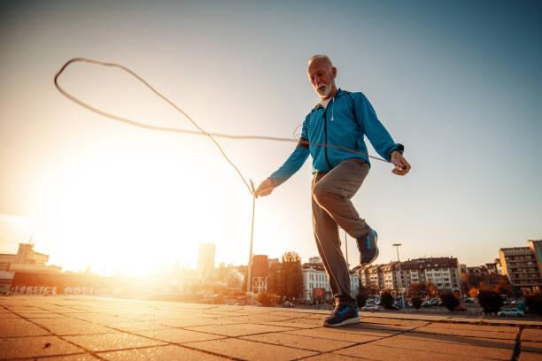 आज ही अपनाएं इन 6 आदतों को लंबी उम्र की है चाहत तो, ये है हेल्दी रहने का तरीका