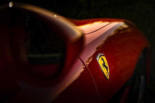 صور سيارة فراري رائعة