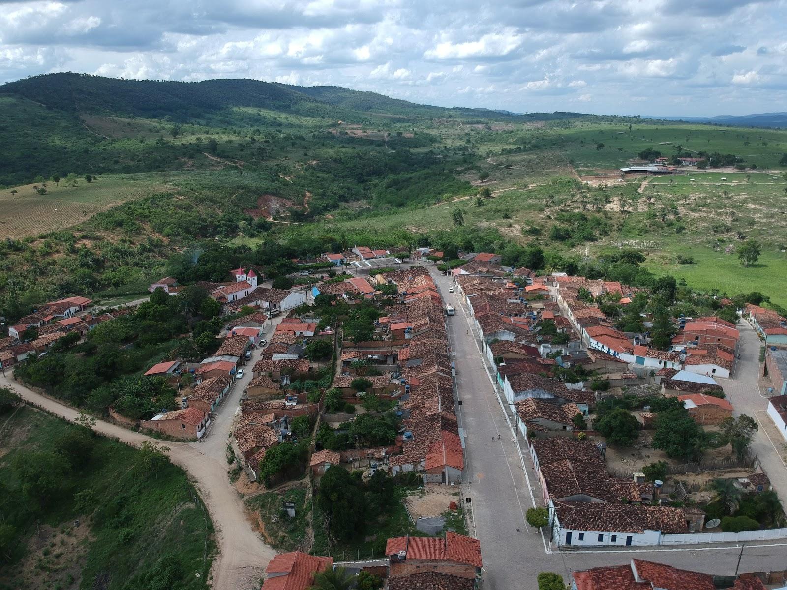 Homens armados cometem assalto em dois mercados em Tapiranga no município de Miguel Calmon – confira