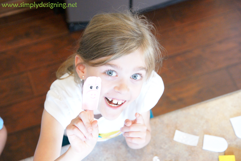 Pig+Puppet+DSC04243 No-Prep Summer Kids Crafts 17