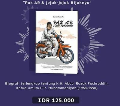 Buku Pak AR dan Jejak-jejak Bijaknya