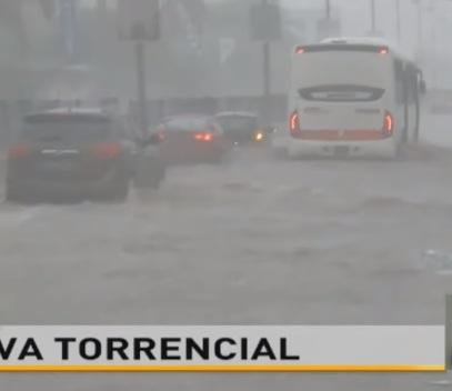 Flash floods hit Luanda, Angola