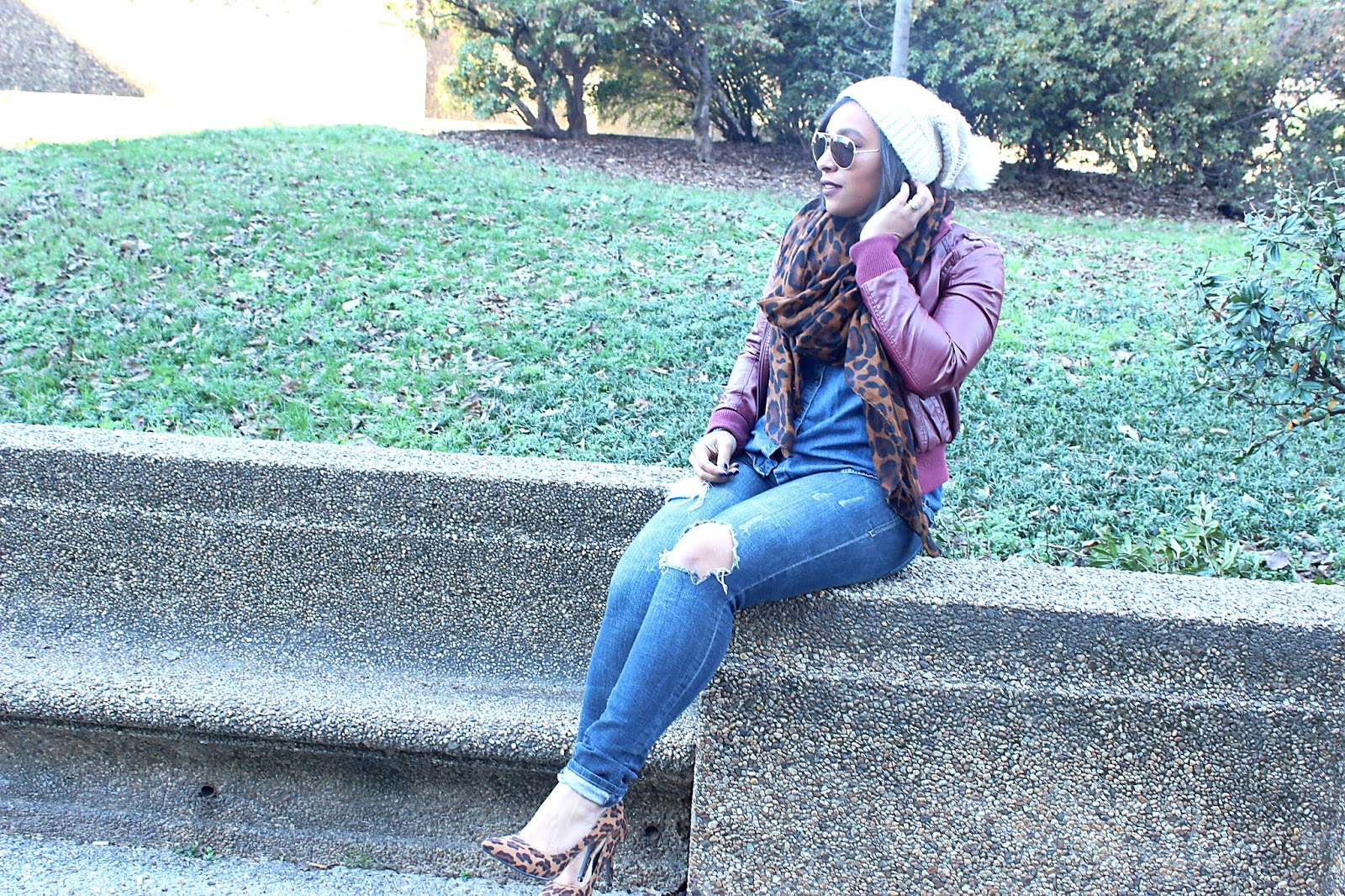 leopard, scarf, leopard scarf, distressed denim, ripped denim, charlotte russe scarf, winter hat, leopard in the winter, fashion blogs
