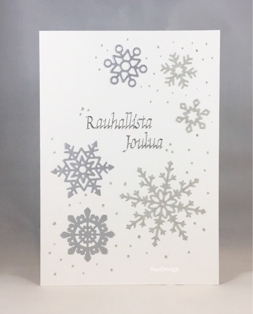 snowflake die cutting Christmas card embossing silver Hunkydory SapiDesign
