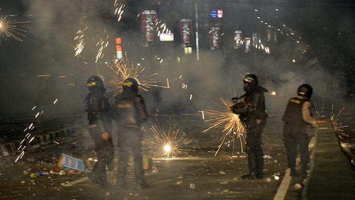 amnesty-beberkan-43-video-bukti-polisi-langgar-ham-selama-aksi-omnibus-law
