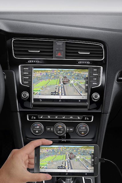 VW Golf 2017 Variant Flex Automática - interior