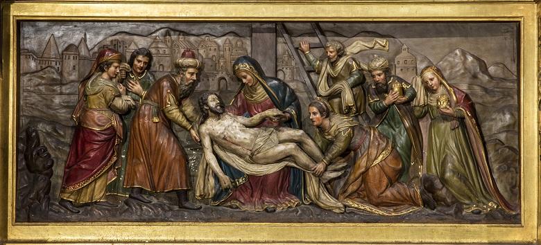 Relieve de la predela dedicado al Descendimiento de Jaume Blanquer i Florit