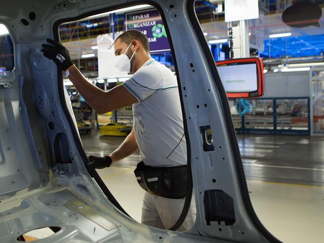 Fiat Chrysler retoma produção de carros no Brasil