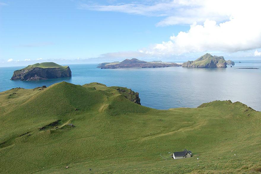 Ellidaey Island, Loneliest House