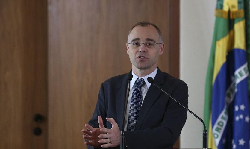 Bolsonaro nomeia André Mendonça para a Justiça e Ramagem para a PF - Portal Spy
