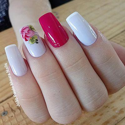 unhas decoradas com esmalte rosa 8