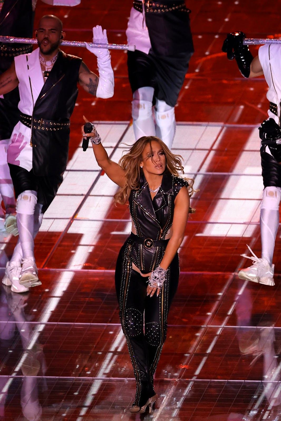 JLo puts her hourglass curves on display during the 2020 Super Bowl Half Time Show