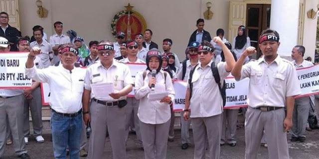 Menhan Prabowo Didesak Turun Tangan Bereskan Nasib Pegawai UPN Veteran Yogyakarta