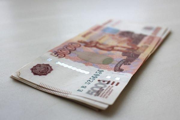 В Госдуме поддержали идею повысить МРОТ в 2 раза