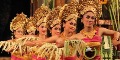 Pendet, Bali