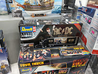 Toy Fair 2020 UK Revell Model Kits Rock Bands ACDC