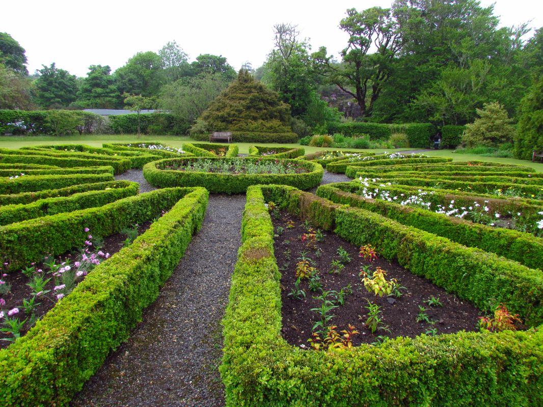 Сады Данвегана на острове Скай в Шотландии