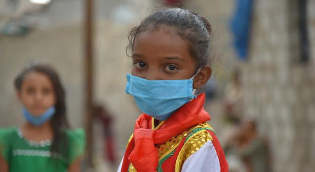 Jabra tiene siete años y vive en Saná, capital de Yemen. Como todos, ahora está aprendiendo a lavarse la manos correctamente para prevenir el contagio del coronavirus. UNICEF