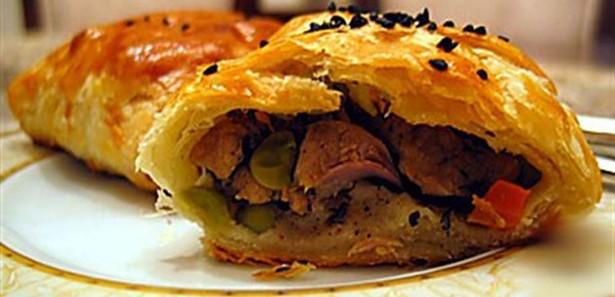 Talaş böreği nasıl yapılır? Talaş böreği tarifi, Talaş böreği yapmak için hangi malzemeler kullanılır? en pratik Talaş böreği tarifi.