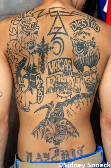 TROPICALIZER: Philippines // Tattoo gang | 371 x 560 jpeg 65kB