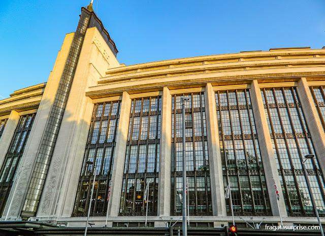 Centro comercial na Kensington High Street, Londres