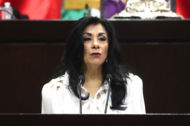 Impulsa Lucero Saldaña iniciativa para tipificar como delito la extorsión sexual por razones de género