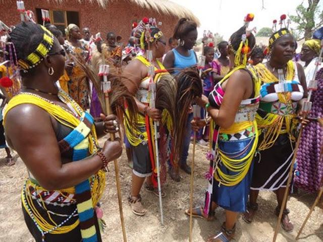 LA CULTURE BASSARI :  Culture, danse, événement, spectacle, tradition, ethnies, LEUKSENEGAL, Dakar, Sénégal, Afrique