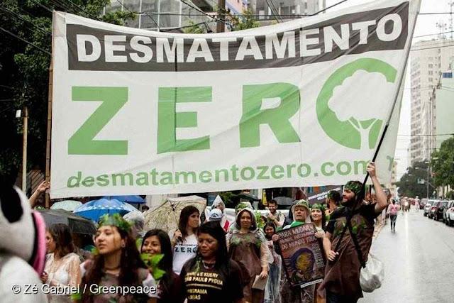 """O socialismo em crise e a """"Teologia da Libertação"""" se esconderam sob o manto da proteção ambiental."""