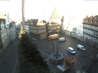 http://rathaus-hildesheim.de/webcam/