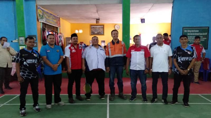 DPD Pemuda LIRA Madina dan PT SMGP Gelar Turnamen Bulu Tangkis