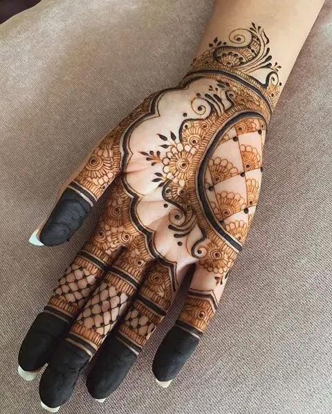 easy-mehndi-design-for-karwa-chauth